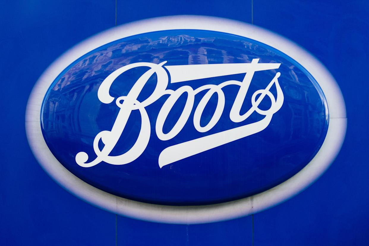 A Covid test that can provide a result in 12 minutes will be made available at high street pharmacy Boots in selected stores over the next few weeks, London, Britain, 26 October 2020. The nasal swab test, which will cost £120, will be available in more than 50 stores across the UK to anyone who is not showing symptoms. The test, and the device needed to process it, have been approved by authorities in Europe and the US. In trials on more than 500 patients it accurately detected the virus in more than 97% of cases. (Photo by Maciek Musialek/NurPhoto via Getty Images)