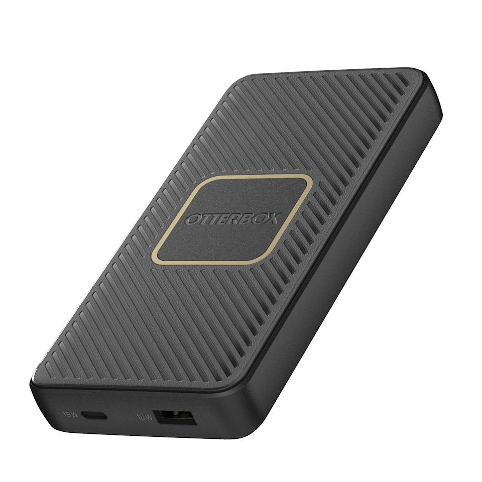 "<p><strong>OtterBox</strong></p><p>otterbox.com</p><p><strong>$39.95</strong></p><p><a href=""https://go.redirectingat.com?id=74968X1596630&url=https%3A%2F%2Fwww.otterbox.com%2Fen-us%2Fn-a%2Ffast-charge-qi-wireless-power-bank%2F78-52566.html&sref=https%3A%2F%2Fwww.bestproducts.com%2Ftech%2Fgadgets%2Fg293%2Fbest-tech-gifts-at-every-price%2F"" rel=""nofollow noopener"" target=""_blank"" data-ylk=""slk:Shop Now"" class=""link rapid-noclick-resp"">Shop Now</a></p><p>This battery pack by Otterbox is an awesome gift for anyone who can use a little backup power for their gadgets. It packs a rapid wireless charging coil for compatible smartphones and other gadgets, and even faster USB-C and USB-A connectors. With 10,000 mAh battery capacity (a <a href=""https://go.redirectingat.com?id=74968X1596630&url=https%3A%2F%2Fwww.otterbox.com%2Fen-us%2Fn-a%2Ffast-charge-qi-wireless-power-bank%2F78-52704.html&sref=https%3A%2F%2Fwww.bestproducts.com%2Ftech%2Fgadgets%2Fg293%2Fbest-tech-gifts-at-every-price%2F"" rel=""nofollow noopener"" target=""_blank"" data-ylk=""slk:15,000 mAh variant"" class=""link rapid-noclick-resp"">15,000 mAh variant</a> is also available), it can charge most smartphones twice, and have power to spare. </p><p>The accessory has a surprisingly elegant design with gold accents and a textured finish. Being an Otterbox product, it is also impressively durable. The accessory maker backs it with a lifetime warranty.</p>"