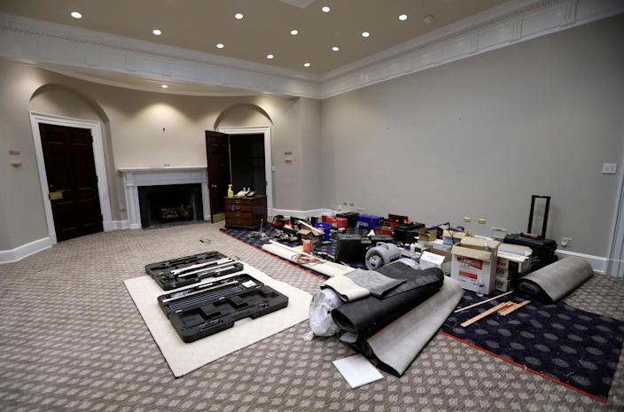 <p>Construction materials and equipment are seen staged inside the historic Roosevelt Room in the West Wing during renovations at the White House in Washington, Aug.11, 2017. (Photo: Jim Bourg/Reuters) </p>
