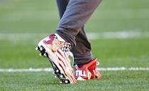 Antonio Brown #84 of the Pittsburgh Steelers wears special cleats honoring former Arizona Cardinal and US Army Ranger Pat Tillman during warmups before the game against the Dallas Cowboys at Heinz Field on November 13, 2016 in Pittsburgh, Pennsylvania. (Photo by Joe Sargent/Getty Images)