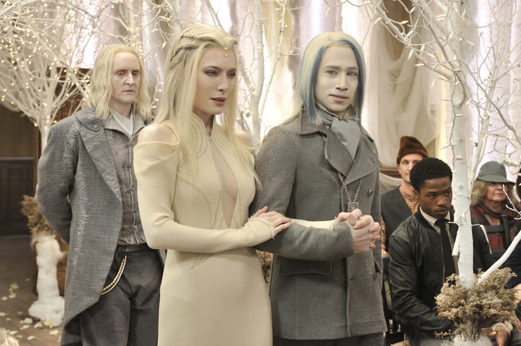 "Jaime Murray as Stahma Tarr and Jesse Rath as Alak Tarr in the ""Defiance"" epsiode, ""The Bride Wore Black."""