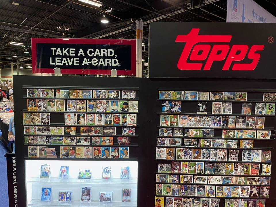 Topps' display at the 2021 National Sports Collectors Convention encouraged fans to swap cards for free. (Eric Edholm/Yahoo Sports)