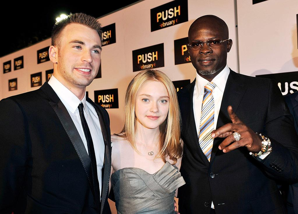 """<a href=""""http://movies.yahoo.com/movie/contributor/1803006988"""">Chris Evans</a>, <a href=""""http://movies.yahoo.com/movie/contributor/1804501481"""">Dakota Fanning</a> and <a href=""""http://movies.yahoo.com/movie/contributor/1800020002"""">Djimon Hounsou</a> at the Los Angeles premiere of <a href=""""http://movies.yahoo.com/movie/1809922967/info"""">Push</a> - 01/29/2009"""