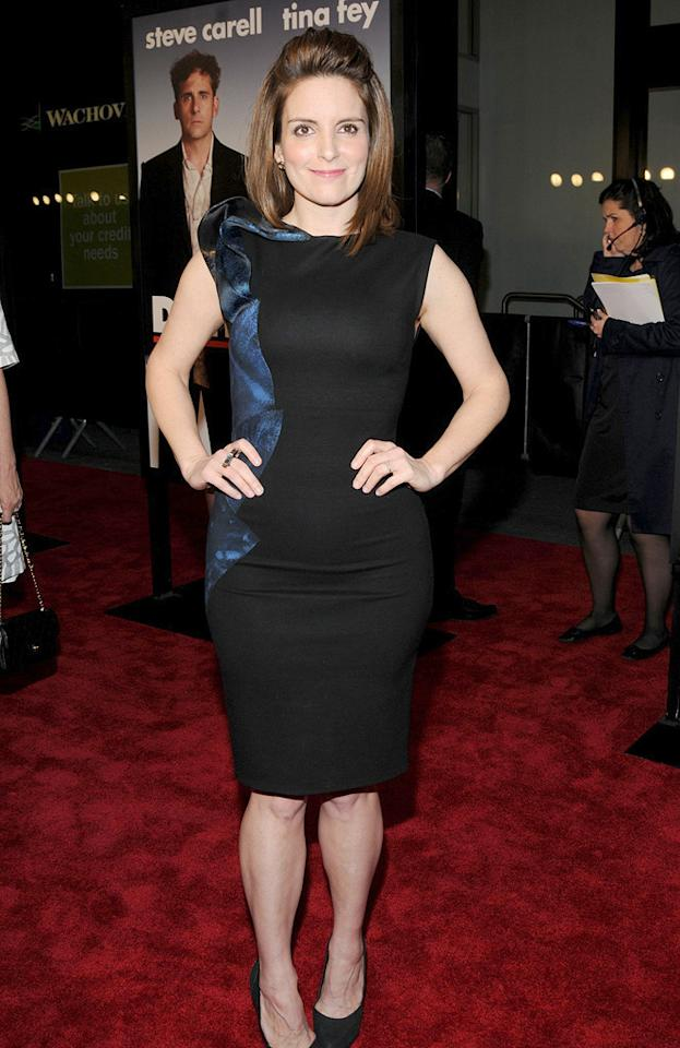 """<a href=""""http://movies.yahoo.com/movie/contributor/1807539611"""">Tina Fey</a> at the New York City premiere of <a href=""""http://movies.yahoo.com/movie/1810080154/info"""">Date Night</a> - 04/06/2010"""