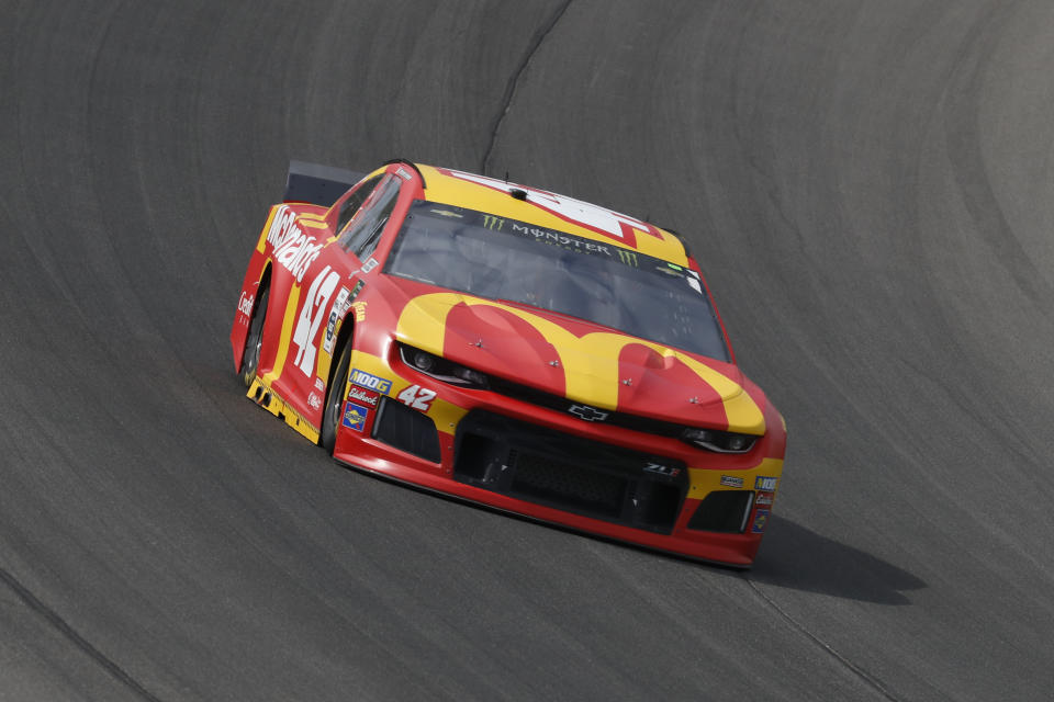 Kyle Larson races during a NASCAR Cup Series auto race at Michigan International Speedway in Brooklyn, Mich., Sunday, Aug. 11, 2019. (AP Photo/Paul Sancya)