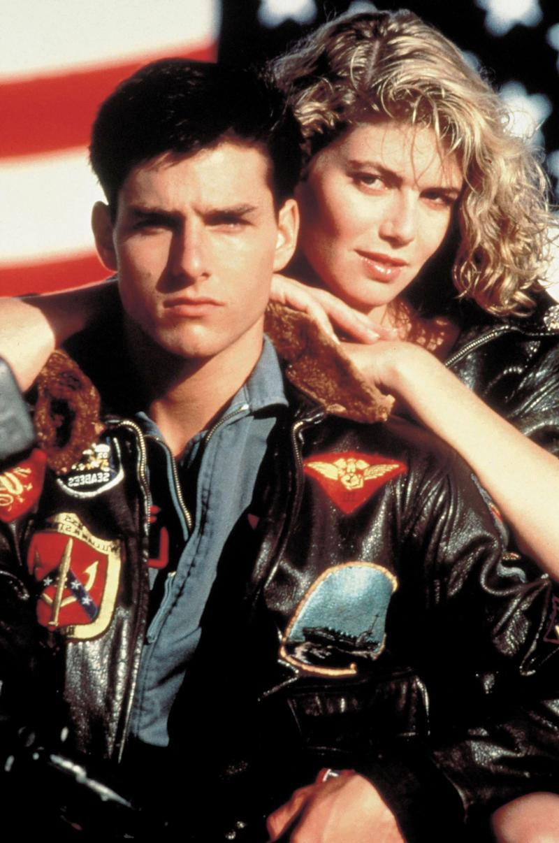 """Tom Cruise and Kelly McGillis on the set of """"Top Gun"""" in 1986. (Photo: Sunset Boulevard via Getty Images)"""