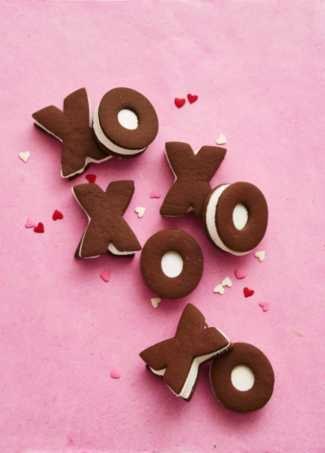 """<p><a href=""""https://www.womansday.com/valentines-day/"""" target=""""_blank"""">Valentine's Day</a> is about all things sweet, and that doesn't just mean the mushy notes you get from your loved ones. The international day of love is also the perfect excuse to indulge in plenty of decadent sweet treats all throughout the day. And although the typical box of chocolates is all well and good, these drool-worthy (and easy-to-make) Valentine's Day desserts are definitely worth the little extra effort. Everyone you share them with will definitely be thanking you later.</p><p>Whether you're looking to find a Valentine's Day dessert to split after dinner with your loved ones, send to school with the kids, or bring to work to put out in the office kitchen, there's something that will fit every need. You can even take Valentine's Day to the next level by wrapping up and gifting any one of these <a href=""""http://www.womansday.com/food-recipes/g2811/valentines-day-cookies/"""">cookies</a>, cakes, or <a href=""""http://www.womansday.com/food-recipes/food-drinks/g11/10-valentines-day-cakes-cupcakes-102532/"""">cupcakes</a> for a homemade present they'll never forget.</p>"""