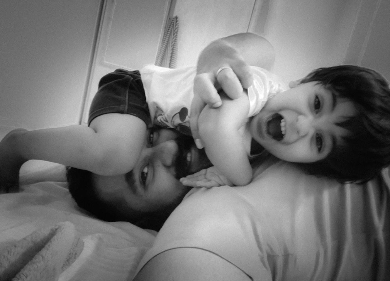 <p>Naufal Jamal shares a lovely picture with his son </p>