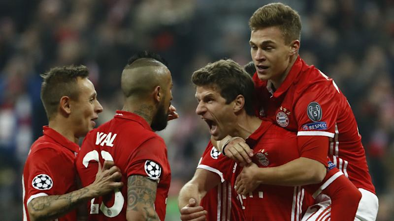 VIDEO: Bayern Munich's clever Friends tribute