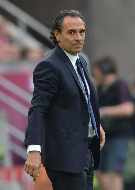 Italian headcoach Cesare Prandelli reacts during the Euro 2012 championships football match Spain vs Italy on June 10, 2012 at the Gdansk Arena. The game ended in a draw 1-1. AFPPHOTO/ GIUSEPPE CACACEGIUSEPPE CACACE/AFP/GettyImages
