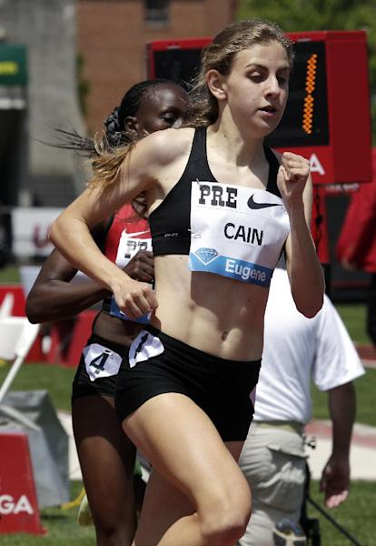 Mary Cain, 17, heads into the bell lap on her way to breaking the American high school 800-meter record during the Prefontaine Classic track and field meet in Eugene, Ore., Saturday, June 1, 2013. (AP Photo/Don Ryan)