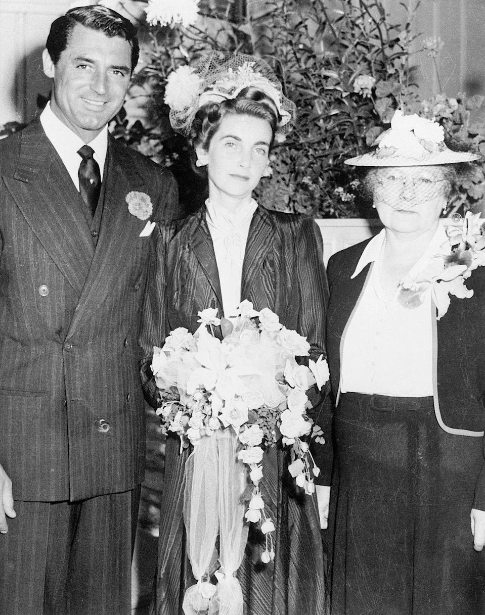 """<p>Hollywood's leading man met Barbara Hutton, the heiress to the Woolworth fortune, in California during World War II, as they were both promoting the purchase of war bonds. They got married in 1942 and were dubbed """"Cash and Cary"""" by the press. The couple divorced three years later in 1945. </p>"""