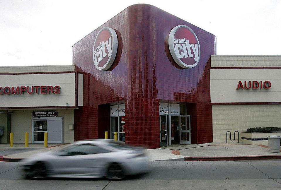 <p>Circuit City once had a whopping 567 stores at its peak, where you could buy anything from TVs and computers to audio equipment and car stereos. However, in 2008, after 59 years, the chain declared bankruptcy and began closing all of its locations.</p>