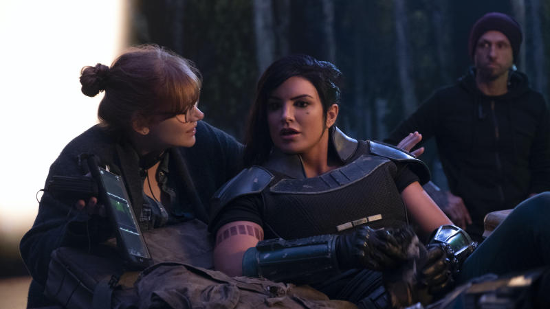 Bryce Dallas Howard and actor Gina Carano on the set of 'The Mandalorian'. (Credit: Disney+)