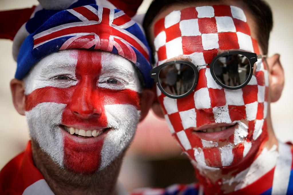 <p>An England and a Croatian football fan pose in Red Square ahead of tonight's World Cup semi-final game between England and Croatia in Moscow, Russia. (Christopher Furlong/Getty Images) </p>