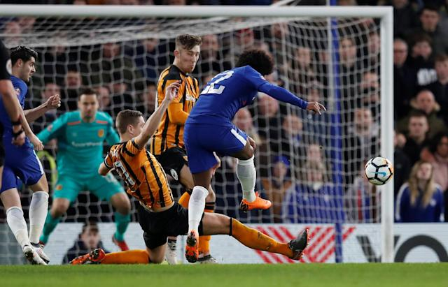 Soccer Football - FA Cup Fifth Round - Chelsea vs Hull City - Stamford Bridge, London, Britain - February 16, 2018 Chelsea's Willian hits the post with a shot at goal REUTERS/Eddie Keogh
