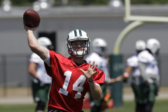 When will we see this again? QB Sam Darnold, the No. 3 pick in the draft, wasn't on the field for the Jets' first practice of training camp because of a contract language squabble. (AP)