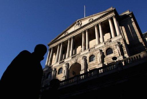 Bank of England voted 5-4 against more QE stimulus