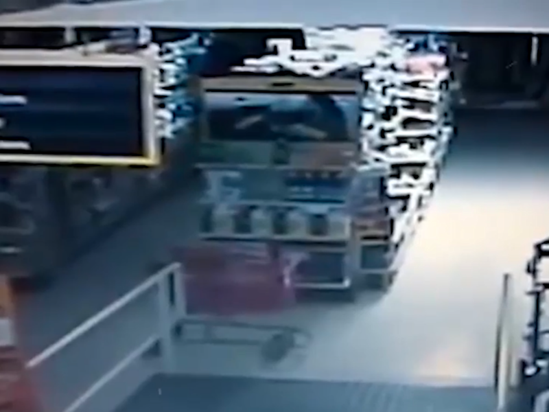 The trolley is seen moving along the aisle. Photo: Youtube