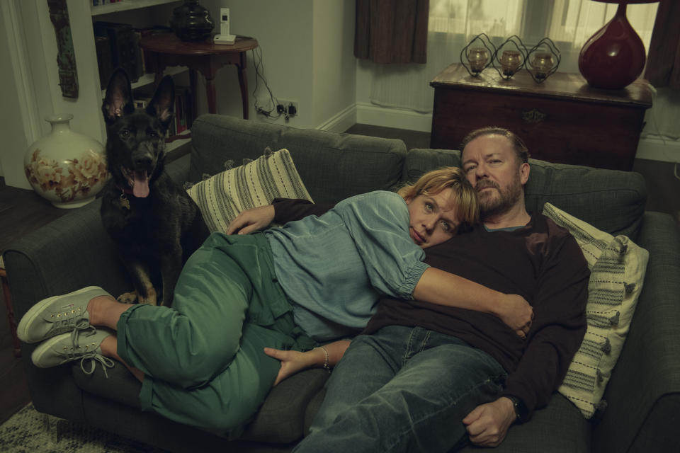 Kerry Goldliman and Rickey Gervais in After Life. (Netflix)