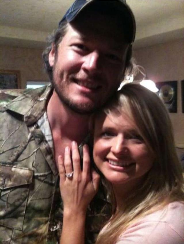 Lambert shows off the engagement ring Shelton gave her. (Photo: Miranda Lambert)