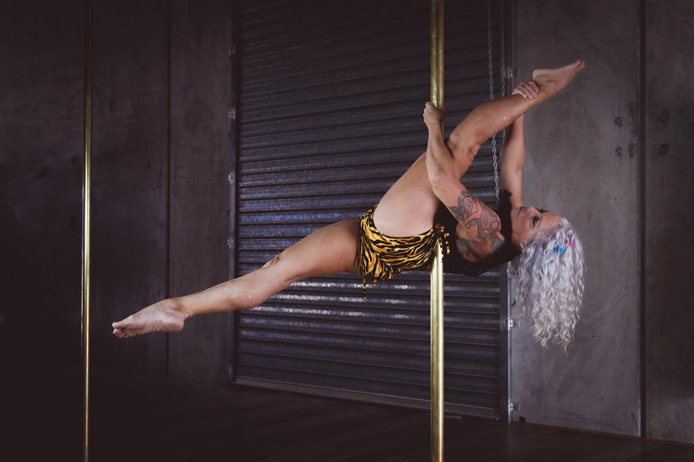 Robyn Warrener, 64, discovered pole dancing 11 years ago. (PA Real Life/@mayphotography.aerial.art)
