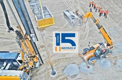 On-site demonstration of Geopier Rammed Aggregate Pier installation (CNW Group/GeoSolv Design/Build Inc.)