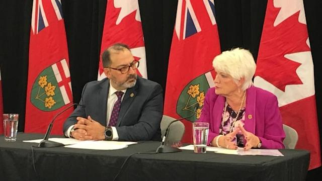 Auditor general blasts Kathleen Wynne's 'Fair Hydro Plan'