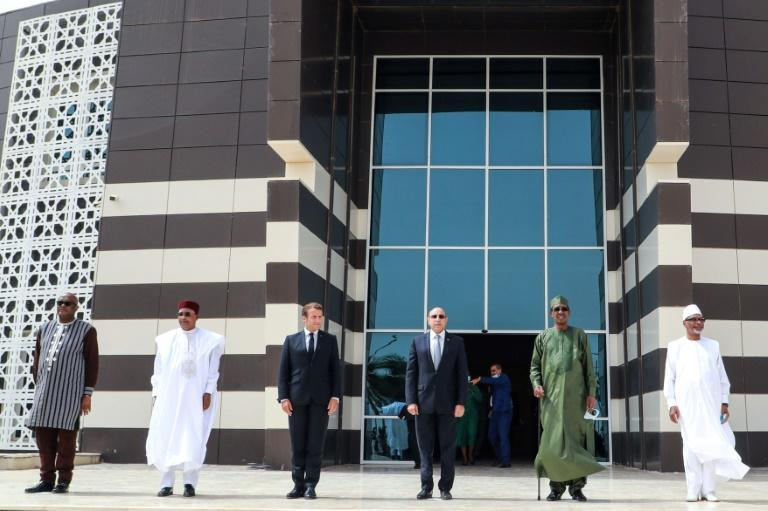 The one-day summit gathered the presidents of Burkina Faso, Chad, Mali, Mauritania and Niger, as well as France (AFP Photo/Ludovic MARIN)