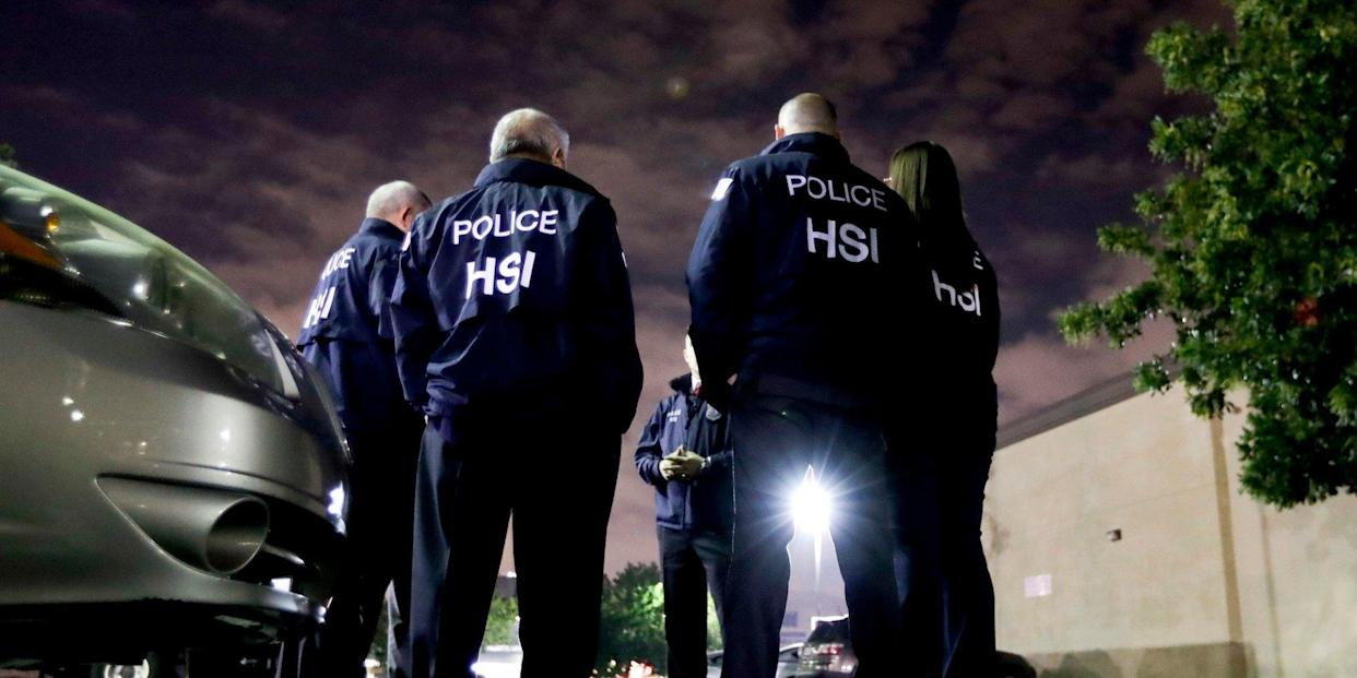 ice agents arrest deportation
