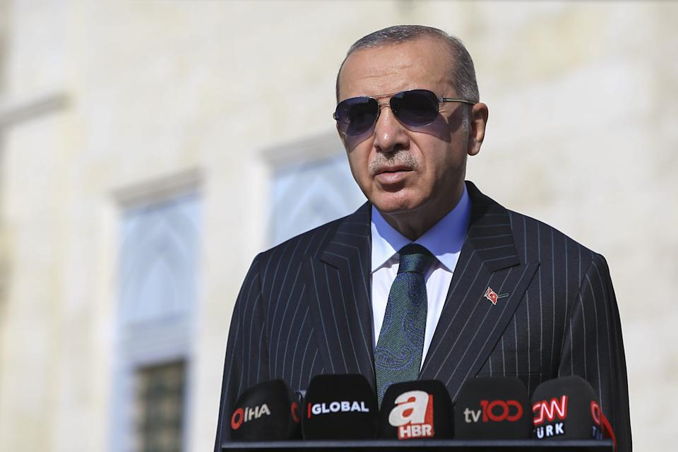 ISTANBUL, Oct. 23, 2020 -- Turkish President Recep Tayyip Erdogan speaks to reporters in Istanbul, Turkey, on Oct. 23, 2020. Erdogan confirmed on Friday that the Turkish army had been testing Russian S-400 anti-missile defense systems. (Photo by Xinhua via Getty) (Xinhua/Xinhua via Getty Images) (Photo: Xinhua News Agency via Getty Images)