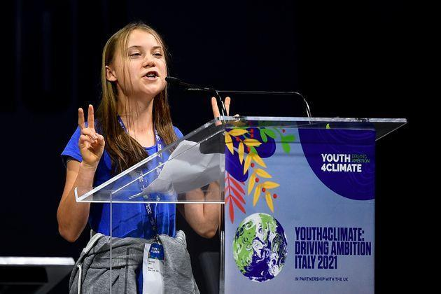 <strong>Greta Thunberg gestures during the Youth4Climate summit.</strong> (Photo: Nicolò Campo via Getty Images)