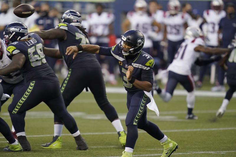Wilson magnificent, but defense a concern for 2-0 Seahawks