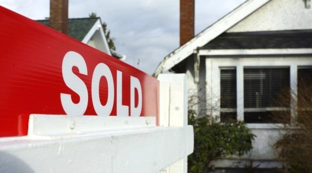 The number of new listings has been falling and the number of buyers jumped up this year. (David Horemans/CBC - image credit)