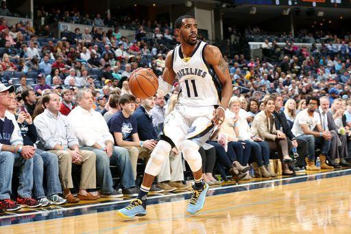 "MEMPHIS, TN – MARCH 6: <a class=""link rapid-noclick-resp"" href=""/nba/players/4246/"" data-ylk=""slk:Mike Conley"">Mike Conley</a> #11 of the <a class=""link rapid-noclick-resp"" href=""/nba/teams/mem/"" data-ylk=""slk:Memphis Grizzlies"">Memphis Grizzlies</a> handles the ball during the game against the <a class=""link rapid-noclick-resp"" href=""/nba/teams/pho/"" data-ylk=""slk:Phoenix Suns"">Phoenix Suns</a> on March 6, 2016 at FedExForum in Memphis, Tennessee. (Photo by Joe Murphy/NBAE via Getty Images)"