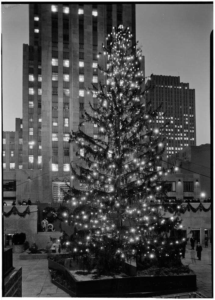 rockefeller center tree 1934