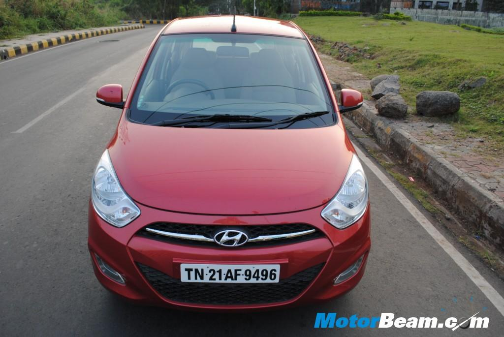 12 most fuel efficient cars in India