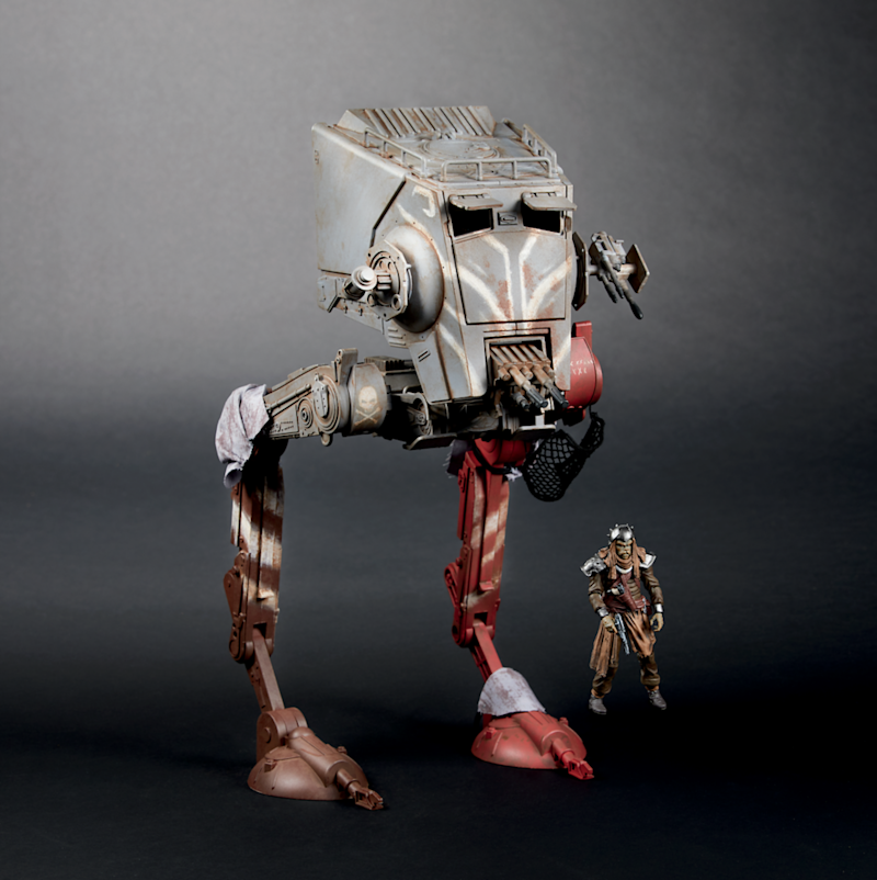 The Vintage Collection AT-ST Raider (Photo: Hasbro)