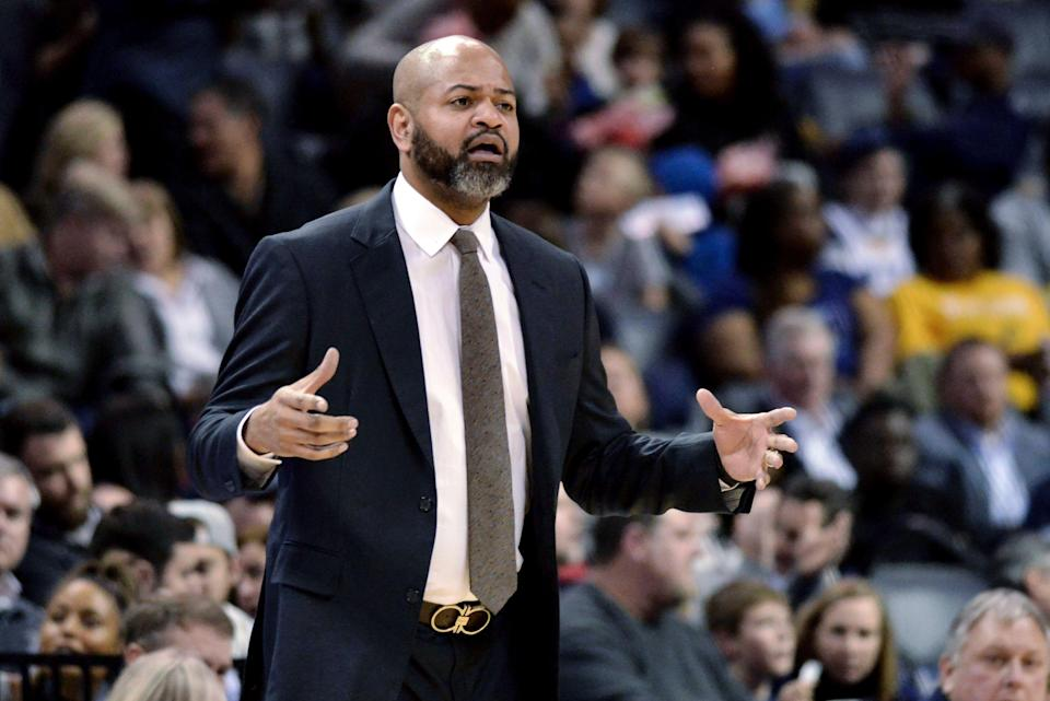 Memphis Grizzlies coach J.B. Bickerstaff calls to players during the first half of the team's NBA basketball game against the Indiana Pacers on Saturday, Jan. 26, 2019, in Memphis, Tenn. (AP Photo/Brandon Dill)