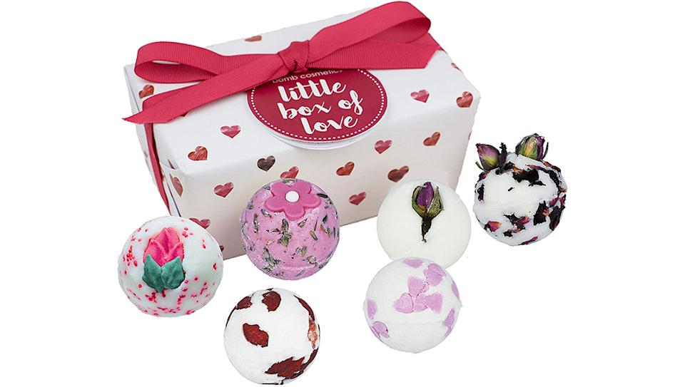 Bomb Cosmetics Little Box of Love Ballotin Gift Set