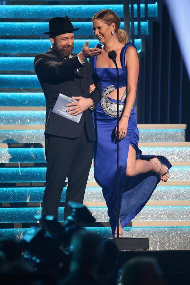 <p>Kristian Bush and Jennifer Nettles speak onstage during onstage at the 51st annual CMA Awards at the Bridgestone Arena on November 8, 2017 in Nashville, Tennessee. (Photo by Terry Wyatt/FilmMagic) </p>