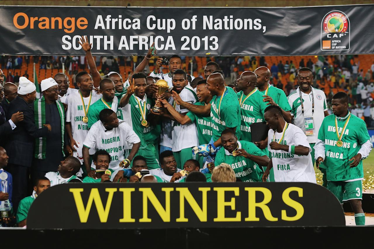 JOHANNESBURG, SOUTH AFRICA - FEBRUARY 10:  Joseph Yobo and team mates celebrate with the trophy after winning the 2013 Africa Cup of Nations Final match between Nigeria and Burkina at FNB Stadium on February 10, 2013 in Johannesburg, South Africa.  (Photo by Ian Walton/Getty Images)