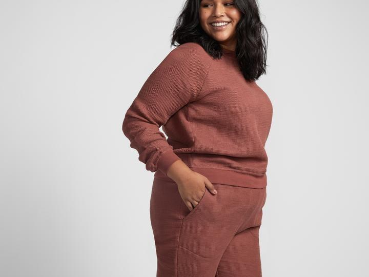 """<h2>Parachute Waffle Lounge Set</h2><br><strong>Available Sizes: XS-XL</strong><br>Available in a dreamy-slate blue or a chic-clay terracotta hue, Parachute's bundled lounge set is crafted from a 100%-cotton waffle-weave that's said to feel as light as a cloud. Our Shopping editor <a href=""""https://www.refinery29.com/en-us/2020/09/10005105/parachute-home-new-cotton-waffle-loungewear-sets-review-2020"""" rel=""""nofollow noopener"""" target=""""_blank"""" data-ylk=""""slk:wore it for 24 hours of lounging"""" class=""""link rapid-noclick-resp"""">wore it for 24 hours of lounging</a>, stating: """"I'd best describe the fabric as what one of those luxury cotton-tea-towels living in your trendy friend's kitchen feels like: super soft as if stonewashed by the gods, gauzy, and porous. I imagined that if I were to sweat in this material (which I didn't) said perspiration would be immediately absorbed and wicked away by its hybrid towel-like properties.""""<br><br><em>Shop <strong><a href=""""https://www.parachutehome.com/collections/robes-and-slippers"""" rel=""""nofollow noopener"""" target=""""_blank"""" data-ylk=""""slk:Parachute"""" class=""""link rapid-noclick-resp"""">Parachute</a></strong></em><br><br><strong>Parachute</strong> Women's Waffle Lounge Set, $, available at <a href=""""https://go.skimresources.com/?id=30283X879131&url=https%3A%2F%2Fwww.parachutehome.com%2Fproducts%2Fwaffle-lounge-set-women"""" rel=""""nofollow noopener"""" target=""""_blank"""" data-ylk=""""slk:Parachute"""" class=""""link rapid-noclick-resp"""">Parachute</a>"""