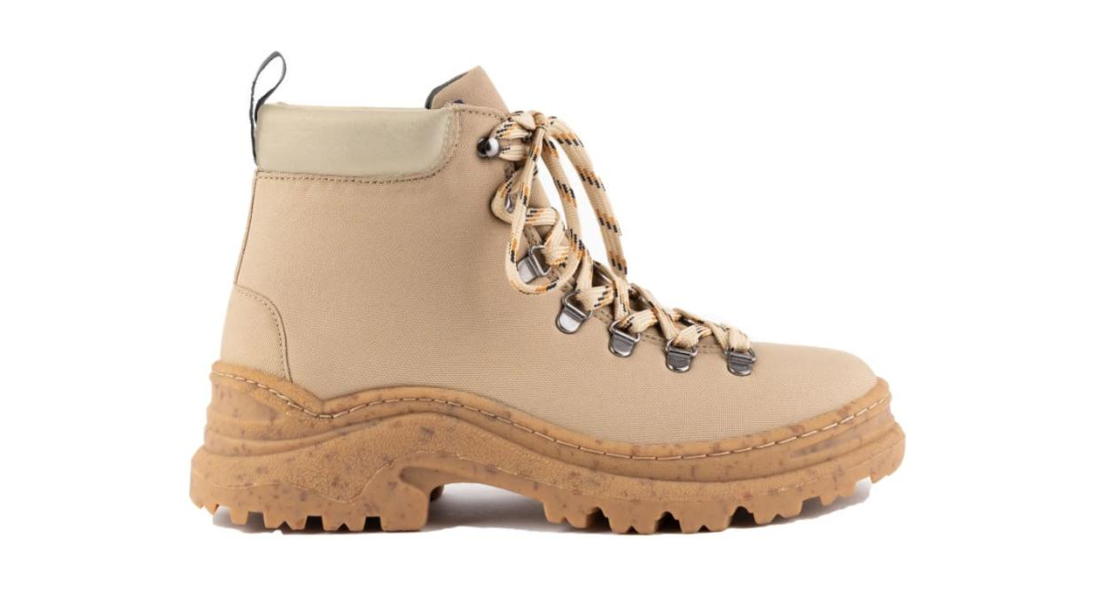 The Weekend Boot (Alice & Whittle)