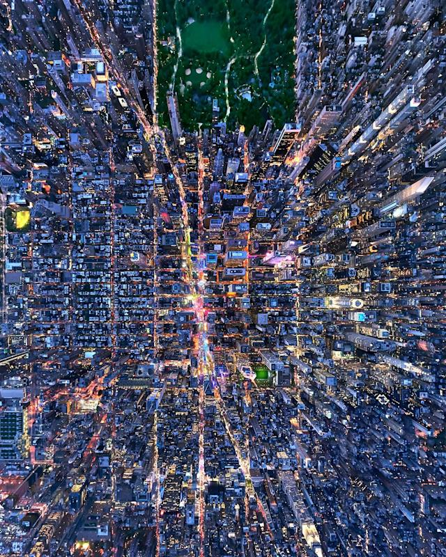 <p>Challenges faced when shooting such works included high winds and New York's crowded airspace, Andrew said. (Photo: Andrew Griffiths/Lensaloft/Caters) </p>