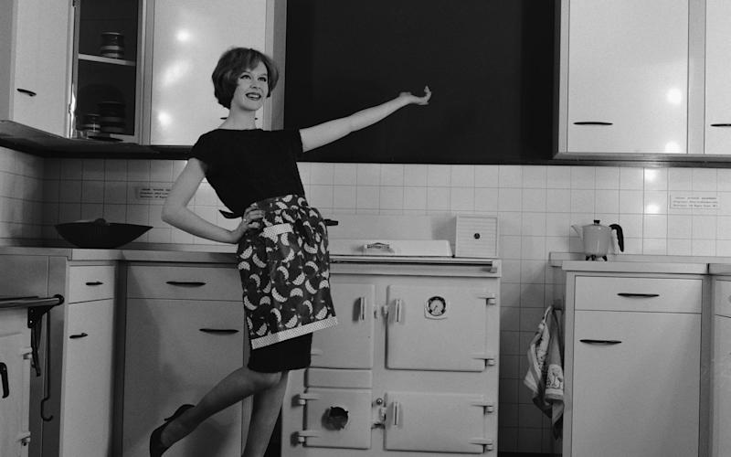 One reader's plan for a brand new kitchen ended up in court - HULTON ARCHIVE