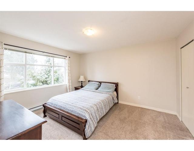 "<p><a href=""https://www.zoocasa.com/burnaby-bc-real-estate/5102165-111-6878-southpoint-drive-burnaby-bc-v3n5e4-r2242042"" rel=""nofollow noopener"" target=""_blank"" data-ylk=""slk:6878 Southpoint Drive, Burnaby, B.C."" class=""link rapid-noclick-resp"">6878 Southpoint Drive, Burnaby, B.C.</a><br> There are three bedrooms and two-and-a-half bathrooms in the home.<br> (Photo: Zoocasa) </p>"