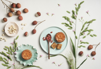 PHOTO: Klook. Lychee with Wolfberries Mooncake