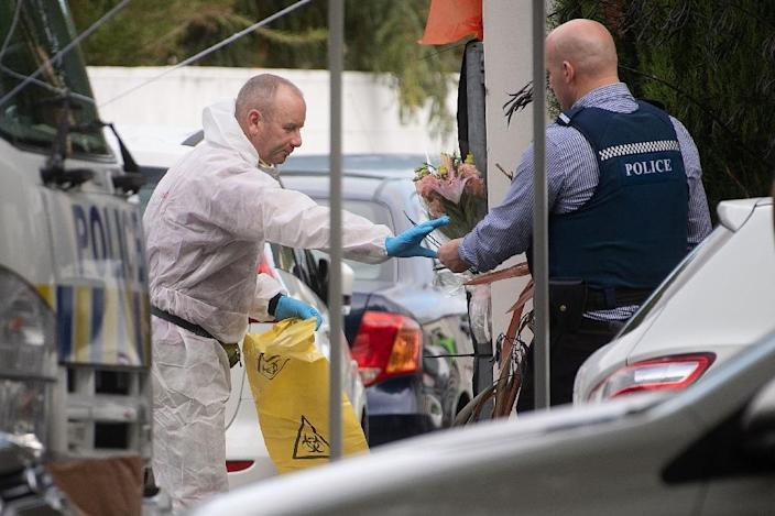 Police Forensic officers work at the Dean Avenue mosque in Christchurch, New Zealand (AFP Photo/Marty MELVILLE)