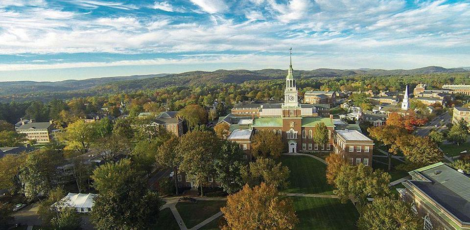 """<p>Dartmouth College's 269-acre campus is located in the heart of Hanover, in the Upper Valley of the Connecticut River. Although there are ongoing construction projects, the majority of the area is designed with the conservative Georgian style in mind. We recommend visiting this school in <a href=""""http://www.goodhousekeeping.com/life/g4561/fall-activities/"""" rel=""""nofollow noopener"""" target=""""_blank"""" data-ylk=""""slk:autumn"""" class=""""link rapid-noclick-resp"""">autumn</a>, because a college campus might just be the best place to study fall foliage! </p><p><em>photo: </em><a href=""""https://www.flickr.com/creativecommons/"""" rel=""""nofollow noopener"""" target=""""_blank"""" data-ylk=""""slk:Flickr Creative Commons"""" class=""""link rapid-noclick-resp""""><em>Flickr Creative Commons</em></a><br></p>"""
